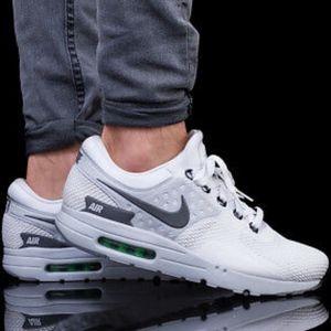 Men's Nike Air Max Zero Essential (Size 12)